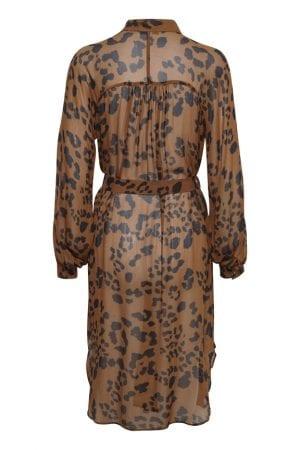 PART TWO – Kjole i leopard print